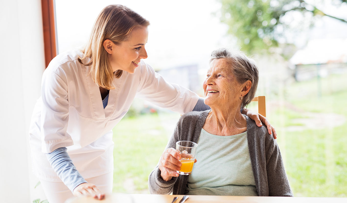 Aging-in-Place-Specialist-With-Senior-Woman